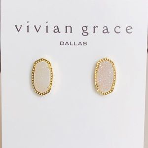 Jewelry - White Iridescent Drusy & 18k Gold Stud Earrings